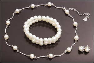 Cleaning and Caring for Your Pearl Jewelry