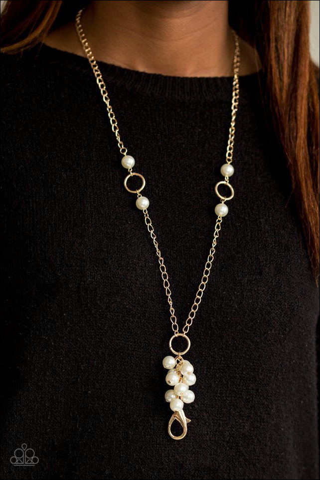 Pearl Necklaces Hit the Runways